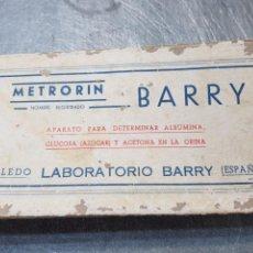 Antigüedades: CAJA VACIA DE FARMACIA METRORIN BARRY. Lote 169682400