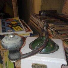 Antigüedades: MOLINILLO DE CAFE ELMA. Lote 169818012