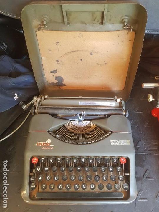 MAQUINA DE ESCRIBIR EMPIRE ARISTOGRAT INGLESA FUNCIONANDO (Antigüedades - Técnicas - Máquinas de Escribir Antiguas - Otras)