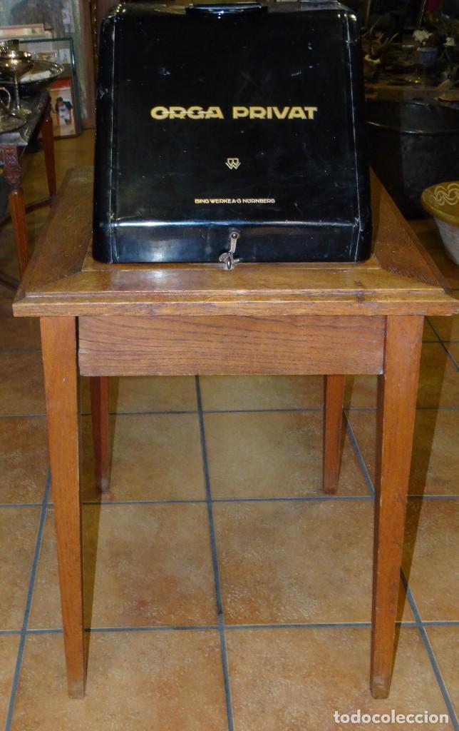 Antigüedades: MÁQUINA DE ESCRIBIR ORGA PRIVAT CON SU MESA DE ROBLE. MADE IN BAVARIA (ALEMANIA) - Foto 2 - 169975852