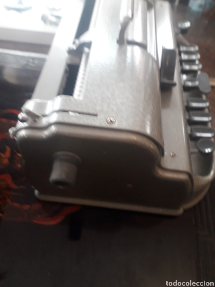 Antigüedades: Máquina de escribir Braille Perkins Brailler - Foto 4 - 194271025