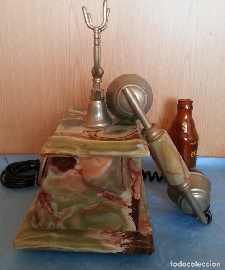Teléfonos: Teléfono de alabastro. Años 60. Funcionando perfectamente. - Foto 7 - 170112116