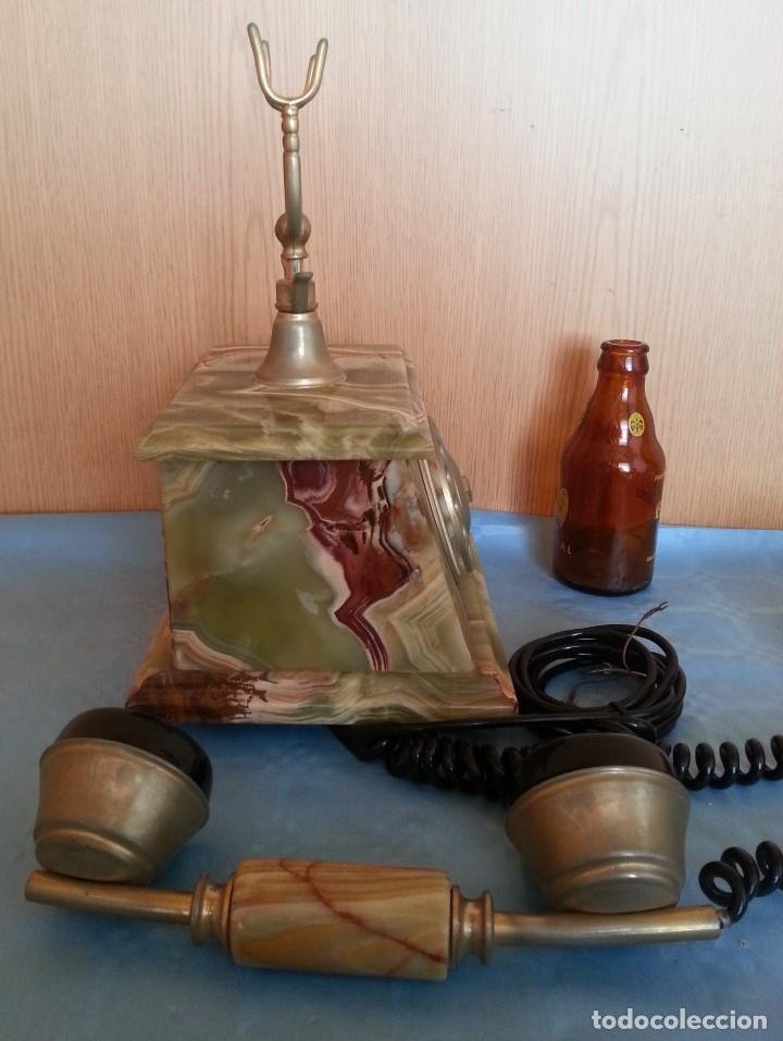 Teléfonos: Teléfono de alabastro. Años 60. Funcionando perfectamente. - Foto 9 - 170112116