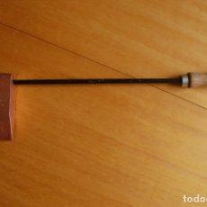 Antigüedades: MAZA DE SOLDAR DE COBRE SERROT.. Lote 170339676
