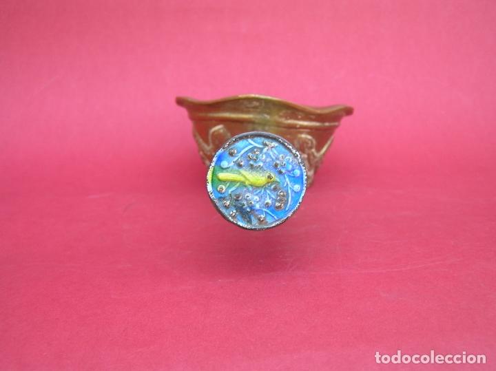 Antigüedades: Plancha china de carbón para seda. Principios siglo XX. - Foto 7 - 170345504