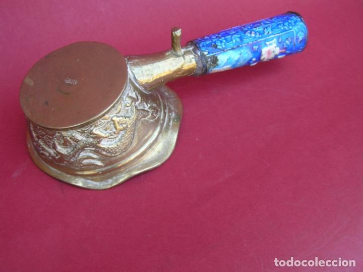 Antigüedades: Plancha china de carbón para seda. Principios siglo XX. - Foto 12 - 170345504