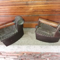 Antigüedades: PLANCHAS (2 UDS) DE CARBON CON CHIMENEA. Lote 145811474