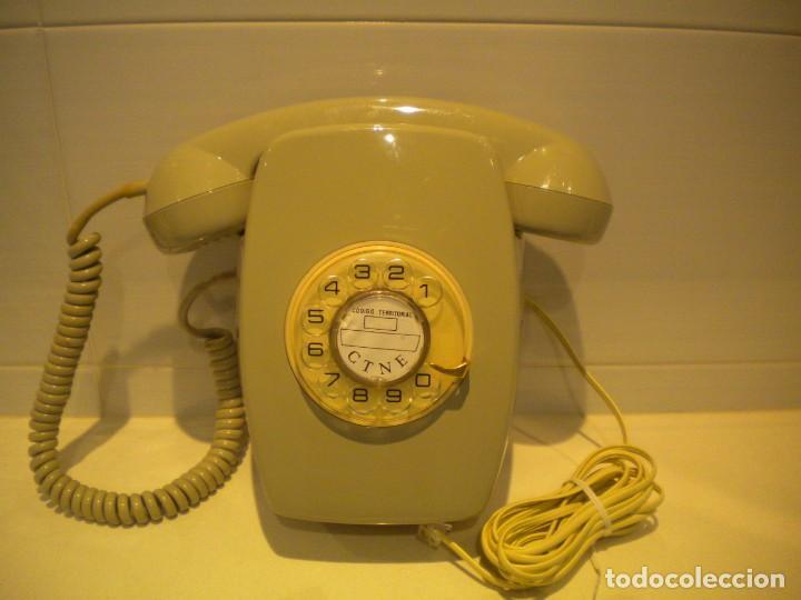 TELÉFONO HERALDO PARED GRIS DE RUEDA (Antigüedades - Técnicas - Teléfonos Antiguos)