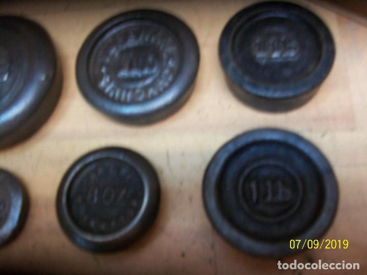 Antigüedades: LOTE DE 7 PESAS ANTIGUAS INGLESAS - Foto 3 - 170886410