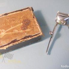 Antigüedades: MAQUINA PARA CORTAR BARBA Y PELO KOH-I-NOOR 1/2 MM - GUILLERMO HOFFE SOLINGEN. Lote 170927845