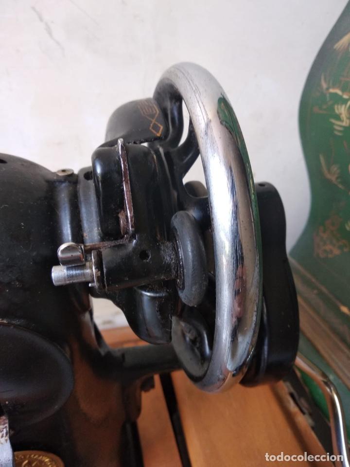 Antigüedades: Bonita máquina de coser singer - Foto 14 - 171016359