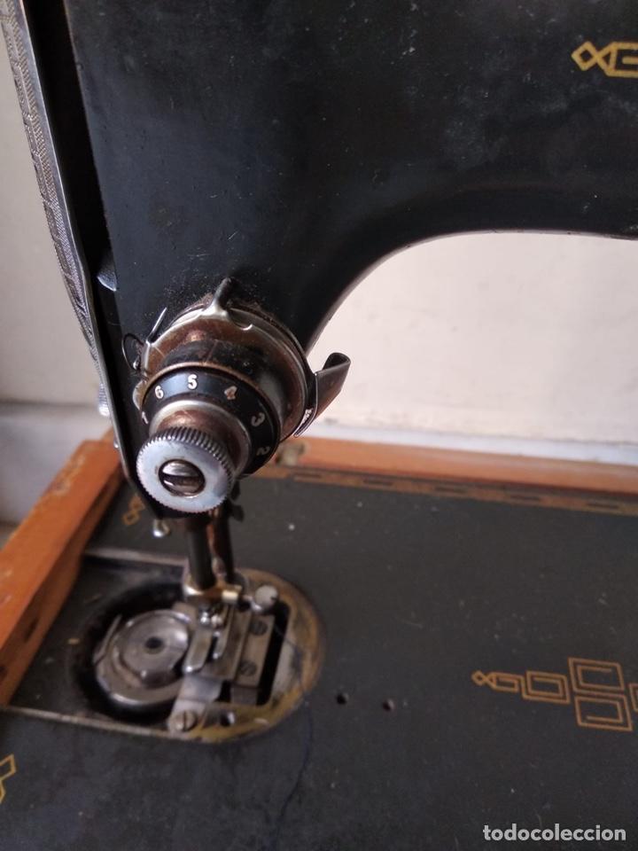 Antigüedades: Bonita máquina de coser singer - Foto 17 - 171016359