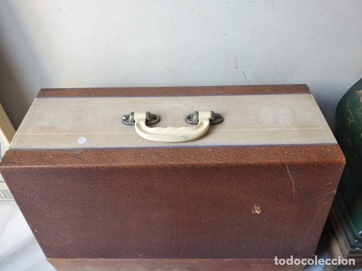Antigüedades: Bonita máquina de coser singer - Foto 18 - 171016359