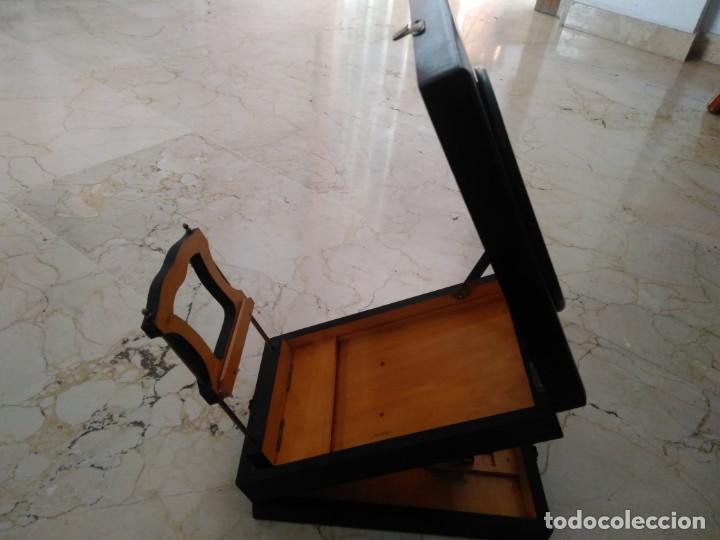 Antigüedades: Bonita caja de madera decorada con lupa. 22 x 145 cm. Lasante. Óptico. - Foto 2 - 171017542