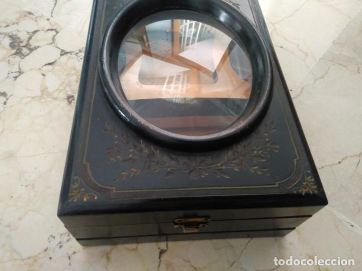 Antigüedades: Bonita caja de madera decorada con lupa. 22 x 145 cm. Lasante. Óptico. - Foto 6 - 171017542