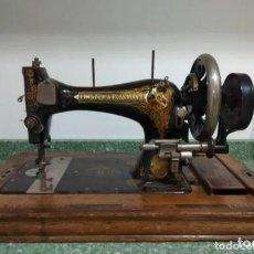 Antiquités: MAQUINA DE COSER FRISTER & ROSSMANN CA. 1910 - CON CAJA ORIGINAL - SALIDA 1€!. Lote 171022673