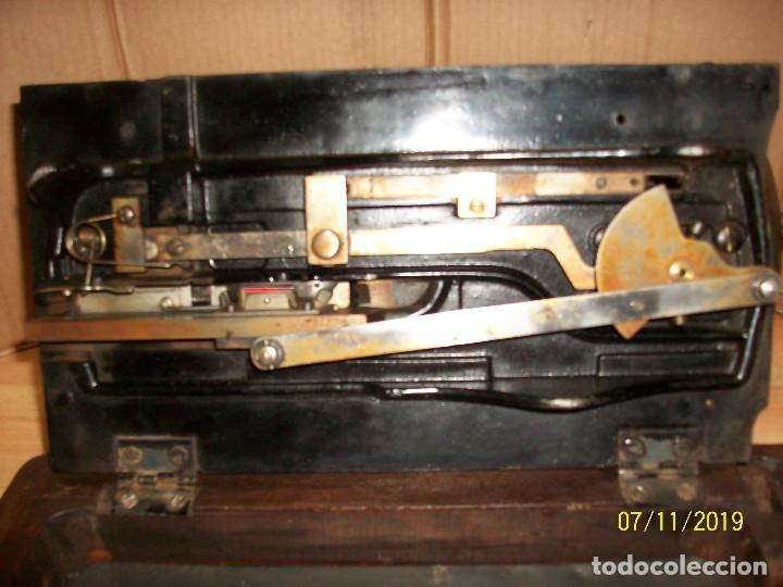 Antigüedades: ANTIGUA MAQUINA DE COSER FRANCESA-FUNCIONA - Foto 9 - 171029437