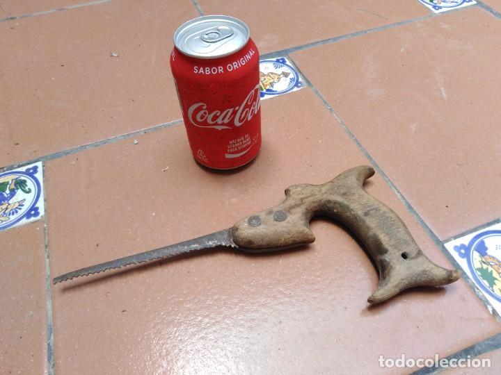 ANTIGUO SERRUCHO CARPINTERO - SIERRA FINA (Antigüedades - Técnicas - Herramientas Profesionales - Carpintería )