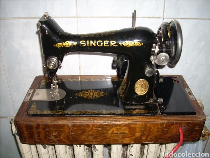 MAQUINA DE COSER SINGER CON MOTOR. (Antigüedades - Técnicas - Máquinas de Coser Antiguas - Singer)