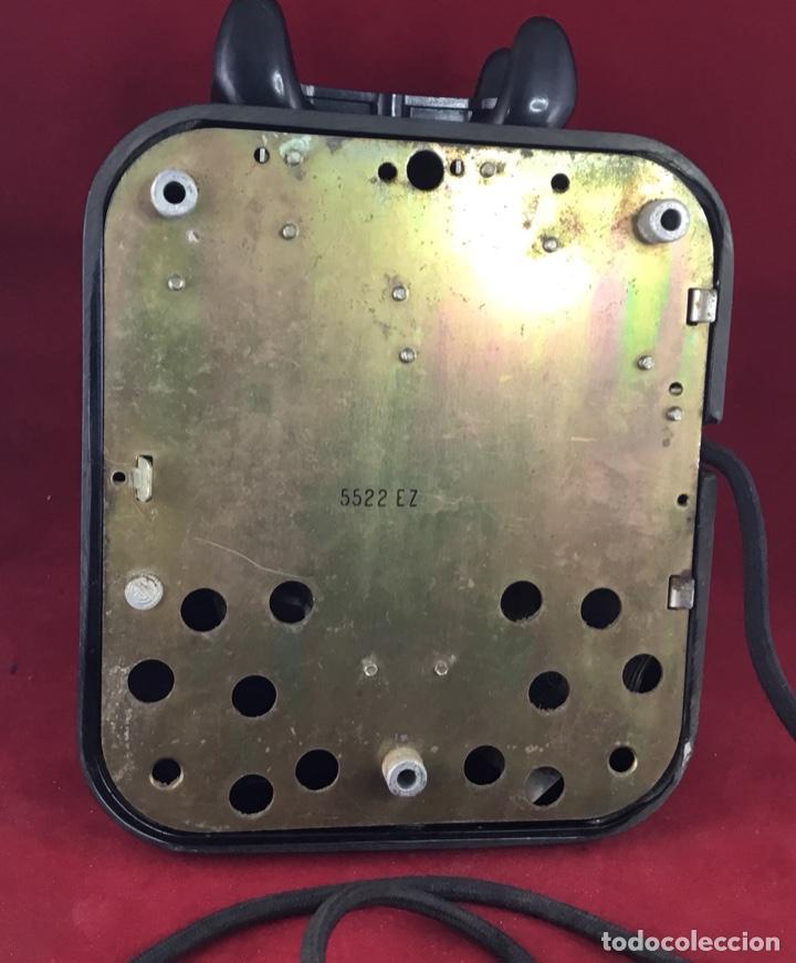 Teléfonos: Antiguo teléfono baquelita español, 5522EZ, de Standard Eléctrica, para la CTNE. - Foto 8 - 171310865