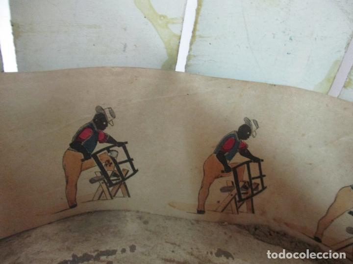 Antigüedades: Antiguo Zootropo - Cine - con 40 Tiras, Películas Francisco Font, Barcelona - Finales S. XIX - Foto 6 - 171417548