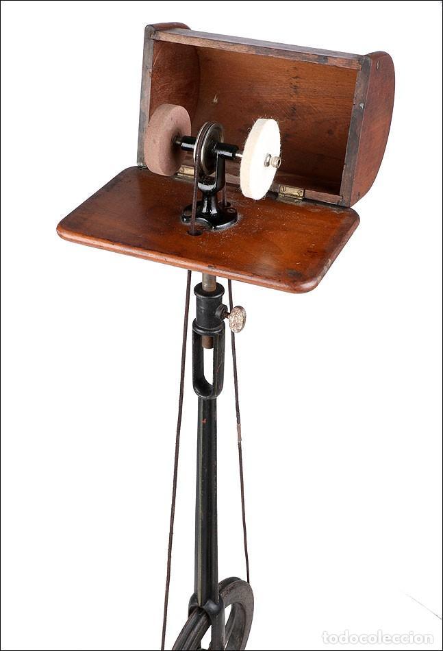 Antigüedades: Antiguo Pulidor de Dentista a Pedal. Circa 1900 - Foto 5 - 171494035