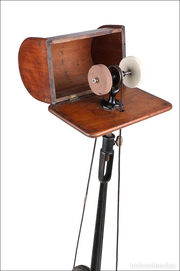Antigüedades: Antiguo Pulidor de Dentista a Pedal. Circa 1900 - Foto 8 - 171494035