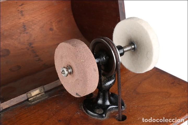 Antigüedades: Antiguo Pulidor de Dentista a Pedal. Circa 1900 - Foto 9 - 171494035