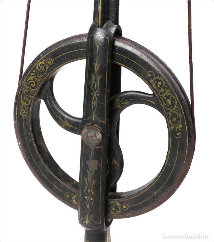Antigüedades: Antiguo Pulidor de Dentista a Pedal. Circa 1900 - Foto 14 - 171494035
