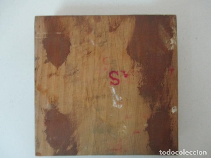 Antigüedades: Antigua Plancha - Molde en Talla de Madera y en Terracota - Papelera Vila, Sant Joan les Fonts - Foto 4 - 171515920