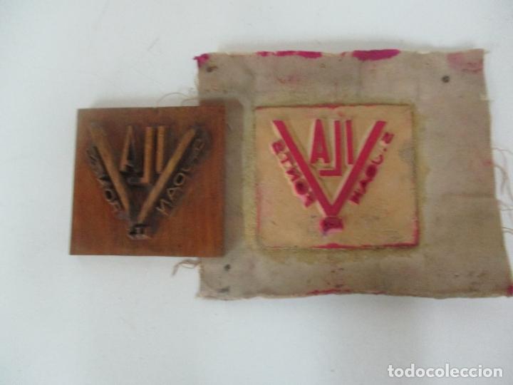 Antigüedades: Antigua Plancha - Molde en Talla de Madera y en Terracota - Papelera Vila, Sant Joan les Fonts - Foto 7 - 171515920