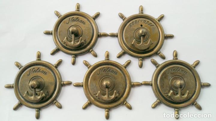 CINCO TIRADORES METAL (Antigüedades - Técnicas - Cerrajería y Forja - Tiradores Antiguos)