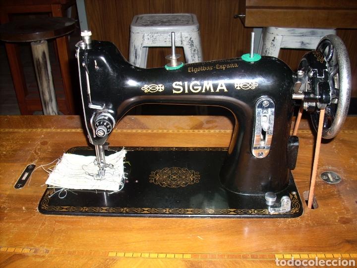 Antigüedades: Antigua Maquina de Coser SIGMA, en muy buen estado y Funcionando - Foto 4 - 171735019