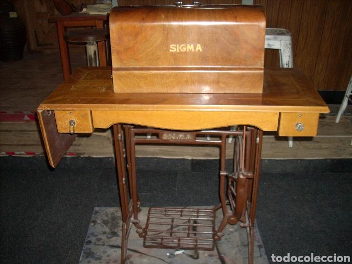 Antigüedades: Antigua Maquina de Coser SIGMA, en muy buen estado y Funcionando - Foto 13 - 171735019
