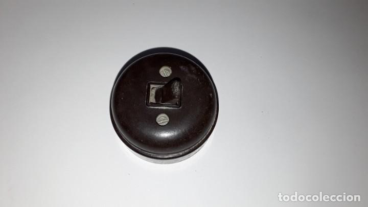 Antigüedades: Antiguo interruptor de baquelita - Foto 4 - 171801129