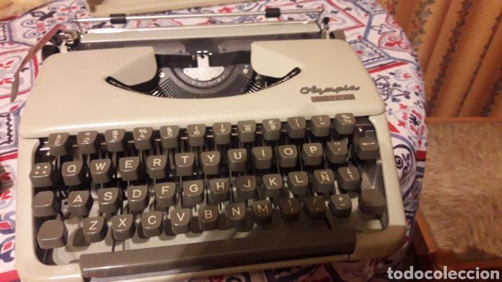 Antigüedades: Antigua máquina de escribir Olympia Splendid 33 - Foto 6 - 200178591
