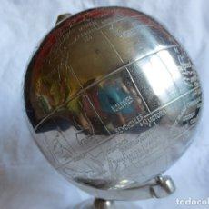 Antigüedades: GLOBO TERRAQUEO - BOLA DEL MUNDO DE METAL. Lote 172298730