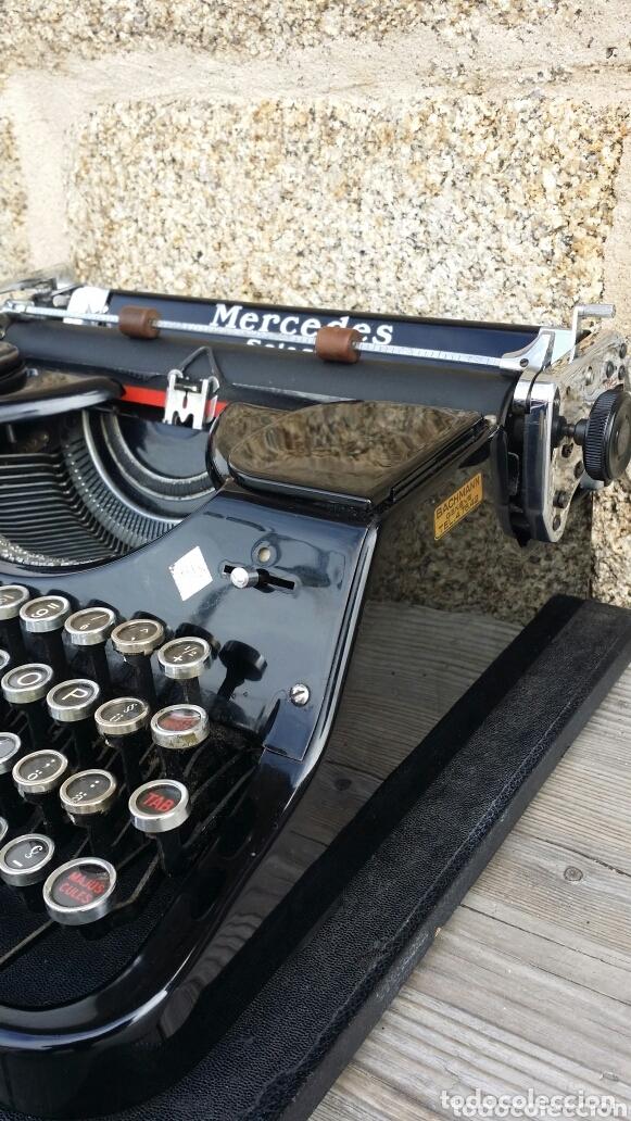 Antigüedades: Máquina de escribir Mercedes 1934 - Foto 3 - 172352260