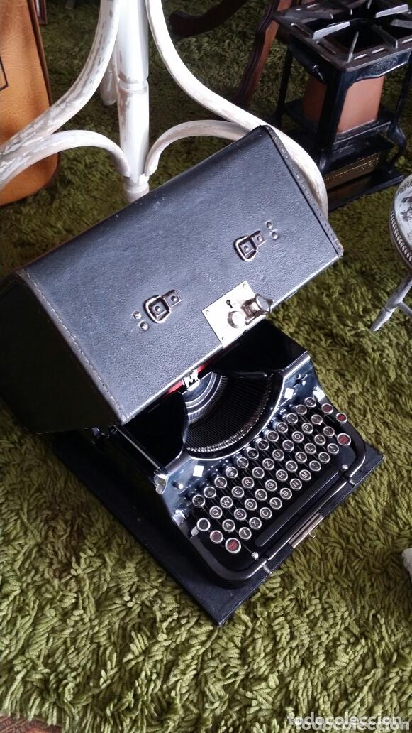 Antigüedades: Máquina de escribir Mercedes 1934 - Foto 7 - 172352260
