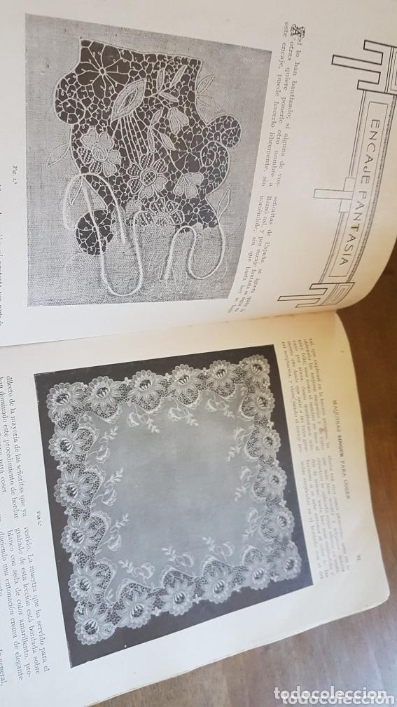 Antigüedades: Libro antiguo instrucciones para bordar coser con máquina Singer - Foto 3 - 172471280