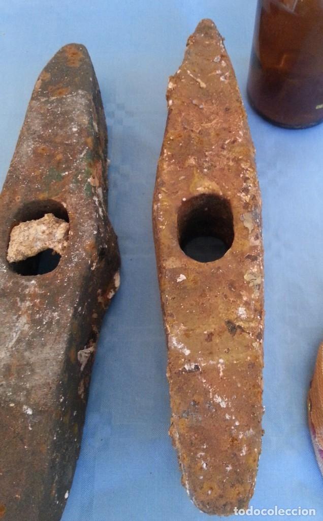 Antigüedades: Picos antiguos. Pareja. Rudimentarias herramientas. - Foto 3 - 172554283