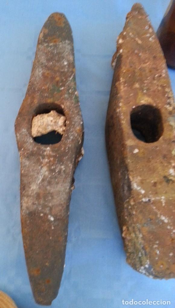 Antigüedades: Picos antiguos. Pareja. Rudimentarias herramientas. - Foto 4 - 172554283