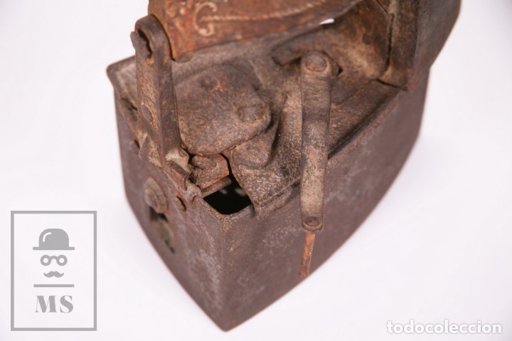 Antigüedades: Antigua Plancha de Carbón con Chimenea - Castilla Made for Warden & Hotchkiss, Inglaterra - Foto 5 - 172607913