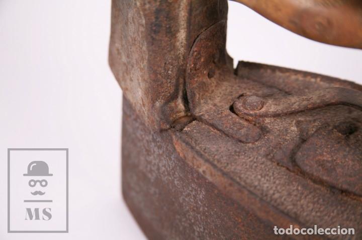 Antigüedades: Antigua Plancha de Carbón con Chimenea - Castilla Made for Warden & Hotchkiss, Inglaterra - Foto 8 - 172607913