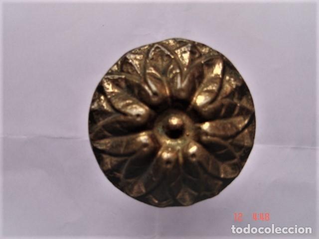 Antigüedades: TIRADOR DOBLE DE BRONCE PARA CAJÓN O SIMILAR - Foto 3 - 172714918