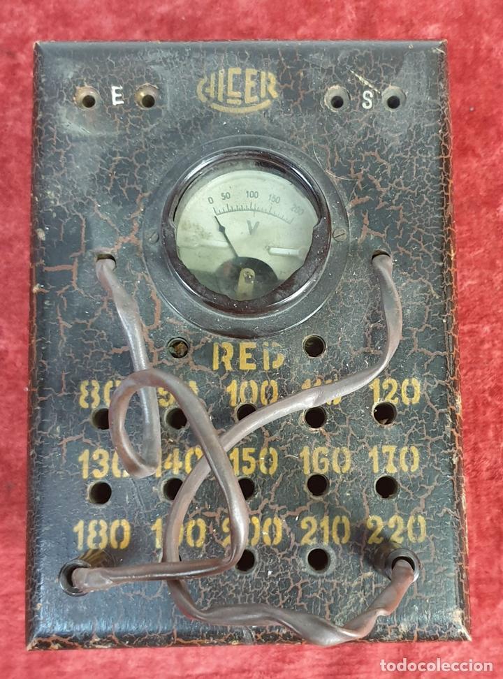 ELEVADOR-REGULADOR DE VOLTAJE. CHCER. SALIDA DE 80 A 220 V. SIGLO XX. (Antigüedades - Técnicas - Herramientas Profesionales - Electricidad)
