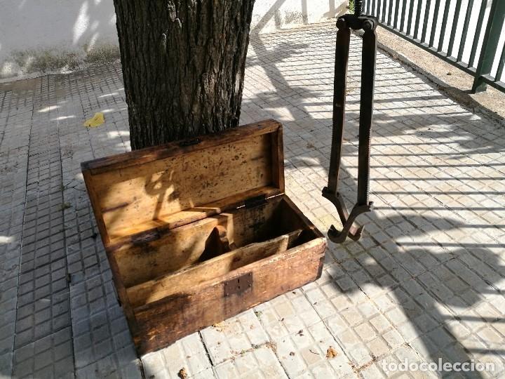Antigüedades: BASCULA BALANZA ROMANA SIGLO XIX PARA PESAR TONELES-BARRICAS-BOTAS DE VINO VITICULTURA--REF-DC - Foto 2 - 172783698