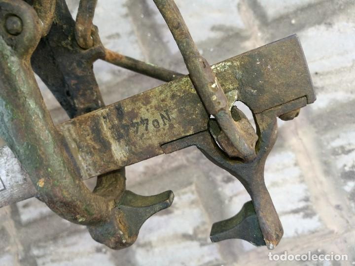 Antigüedades: BASCULA BALANZA ROMANA SIGLO XIX PARA PESAR TONELES-BARRICAS-BOTAS DE VINO VITICULTURA--REF-DC - Foto 51 - 172783698