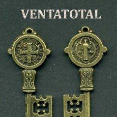 Antigüedades: LLAVE ANTIGUA DE BRONCE - MIDE 4,2 X 1,3 CENTIMETROS Y PESA 3,66 GRAMOS ( CRUZ Y SANTO ) - Nº2. Lote 172794570