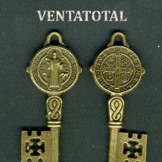 Antigüedades: LLAVE GRANDE ANTIGUA DE BRONCE - MIDE 5,2 X 2 CENTIMETROS Y PESA 7,70 GRAMOS (CRUZ Y SANTO ) - Nº2. Lote 172796724